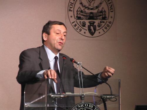 Il rettore del Politecnico, Francesco Profumo