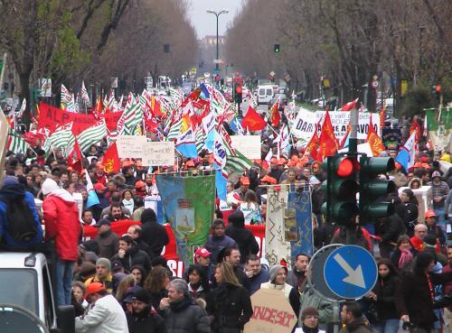 La grande manifestazione dei lavoratori Indesit a Torino il 20 marzo 2009_1