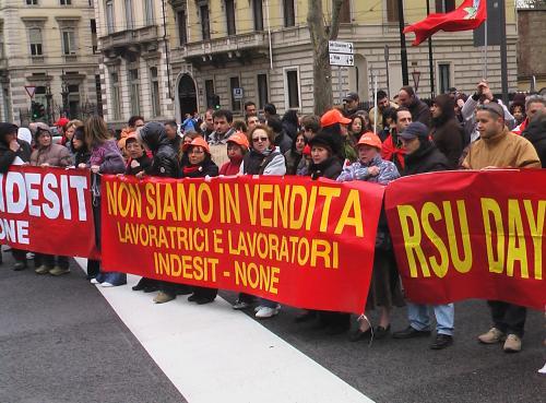 La grande manifestazione dei lavoratori Indesit a Torino il 20 marzo 2009_2